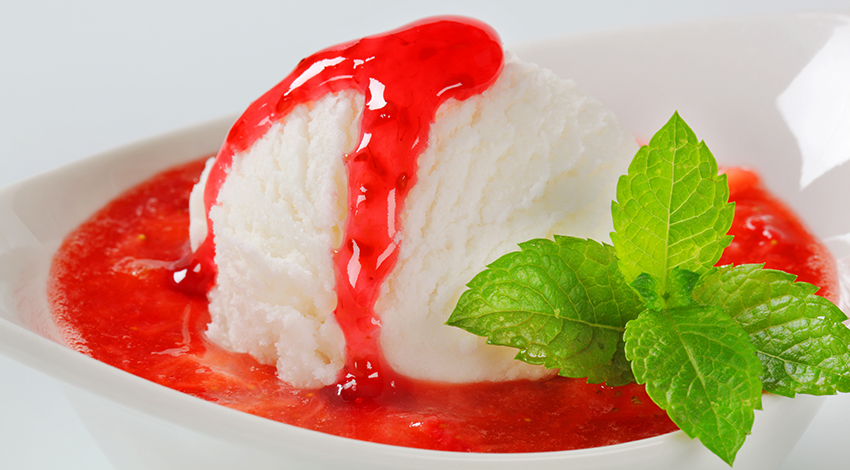 Strawberry Sauce with Ice Cream