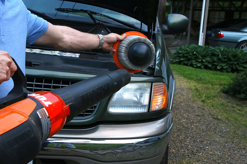 Cleaning Car with Leaf Blower